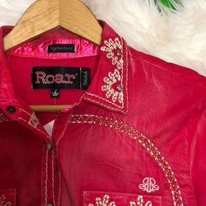 ROAR Embroidered Rhinestone Rodeo Button Down
